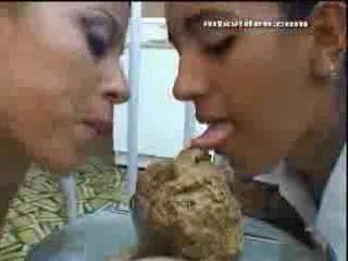 2 girls 1 cup porn video